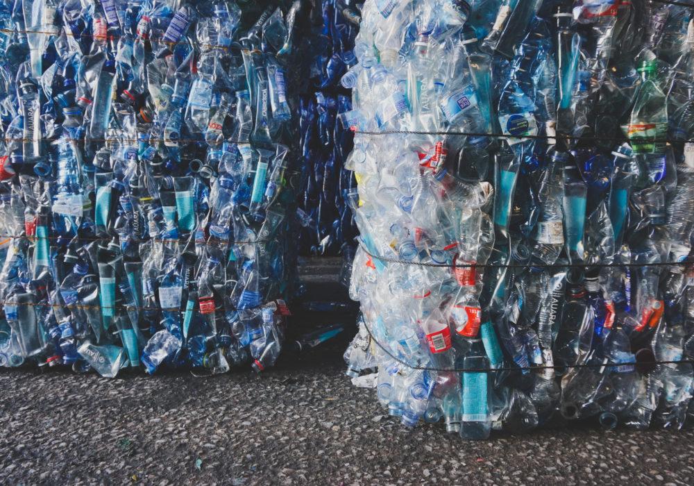 reciclaje botellas auara